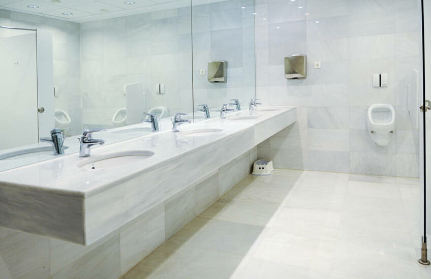 restroom cleaning service